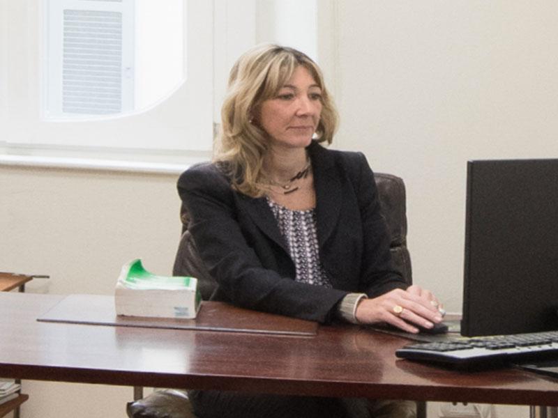 avvocato Laura Pollini