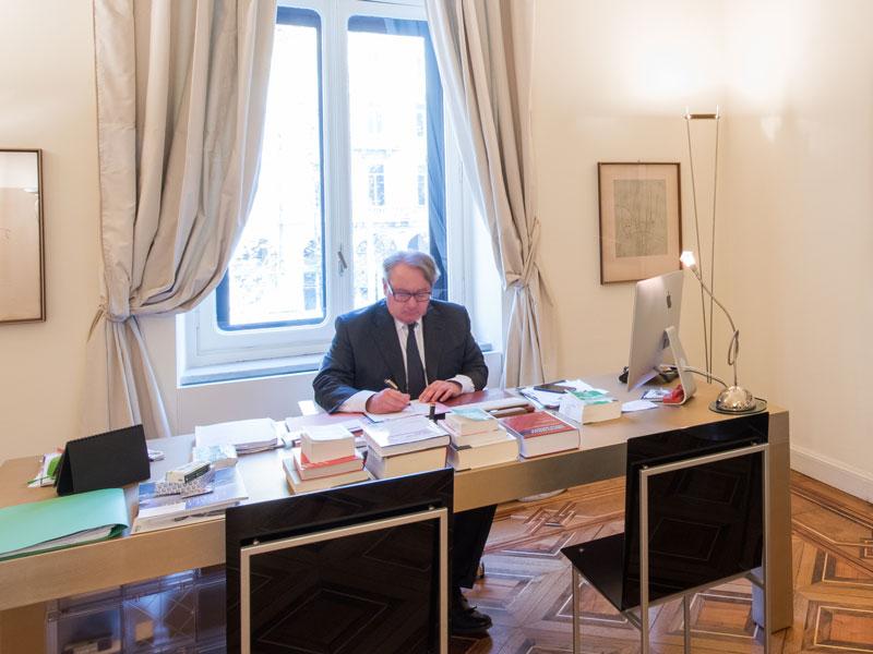 avvocato Giuseppe Zanalda - Studi in Milano, Torino e Roma